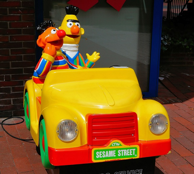 bert-and-ernie-382270_640